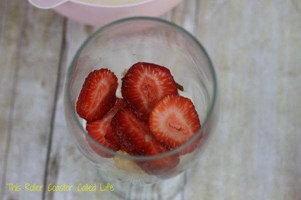 lemon strawberry trifle 3