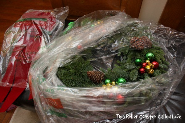 Christmas Forest Wreath Unboxing