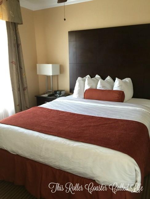 Best Western Premier Saratoga Resort Villas Downstairs Bedroom