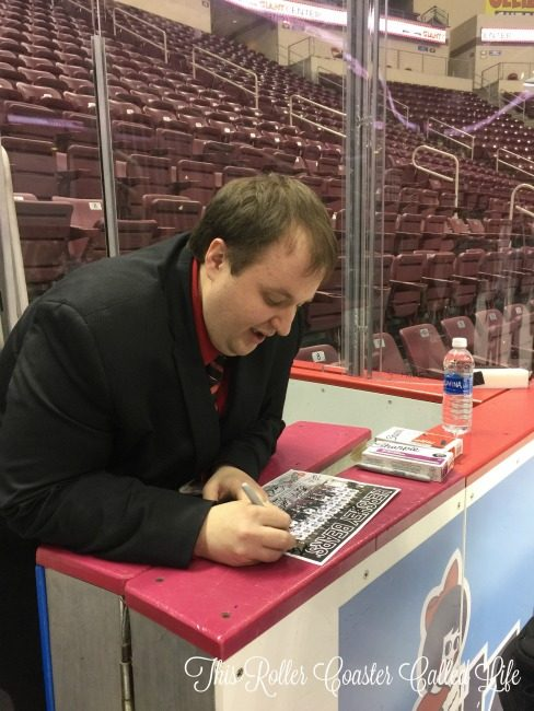 hershey-bears-radio-announcer-zack-fisch