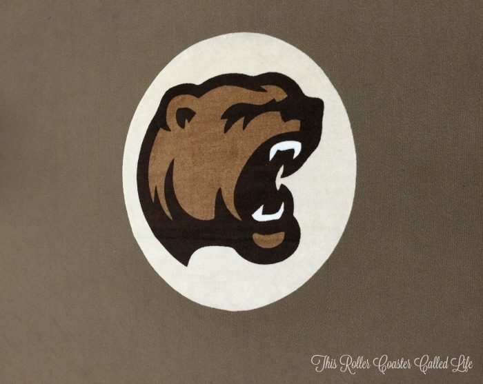 hershey-bears-logo-in-the-locker-room