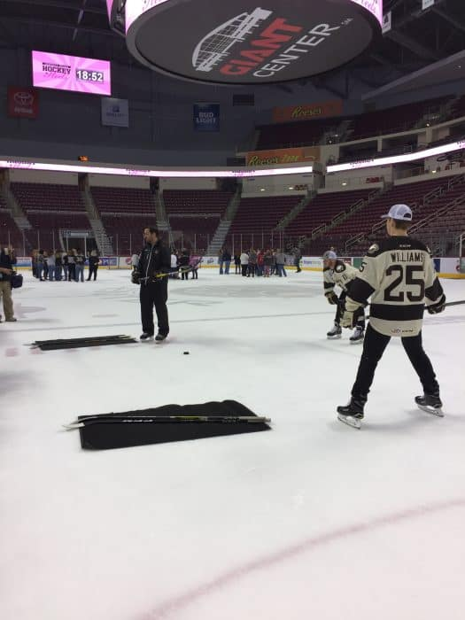 learning-to-pass-the-puck-and-shoot