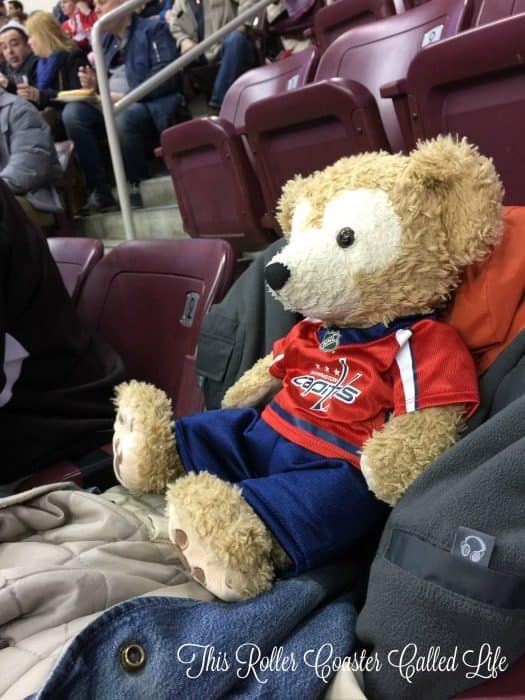 duffy-cheers-on-the-hershey-bears
