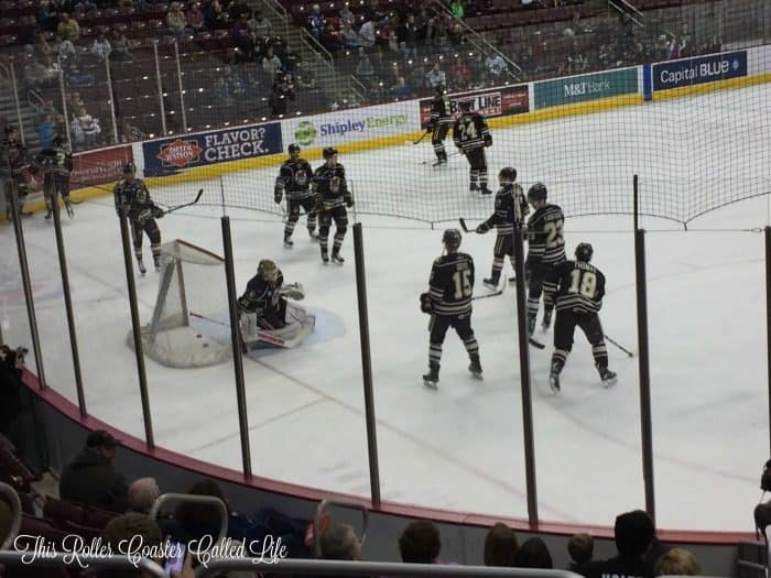 hershey-bears-warm-up
