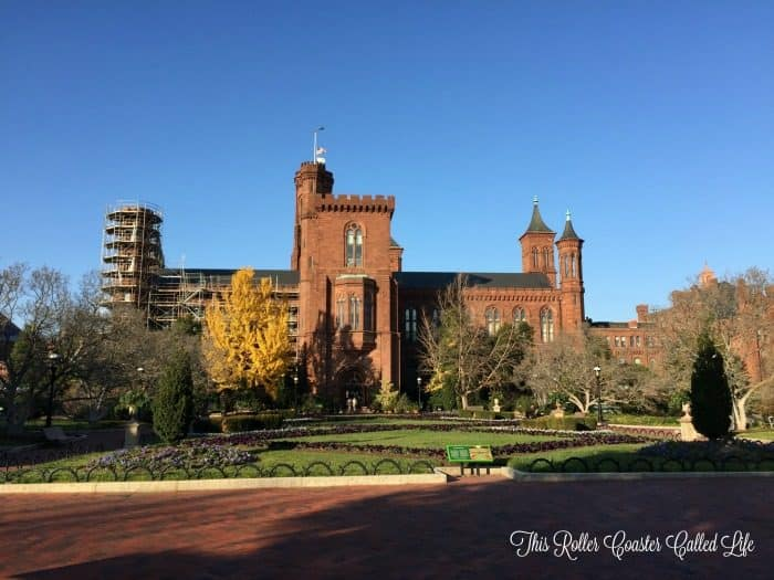 smithsonian-institutional-building-the-castle